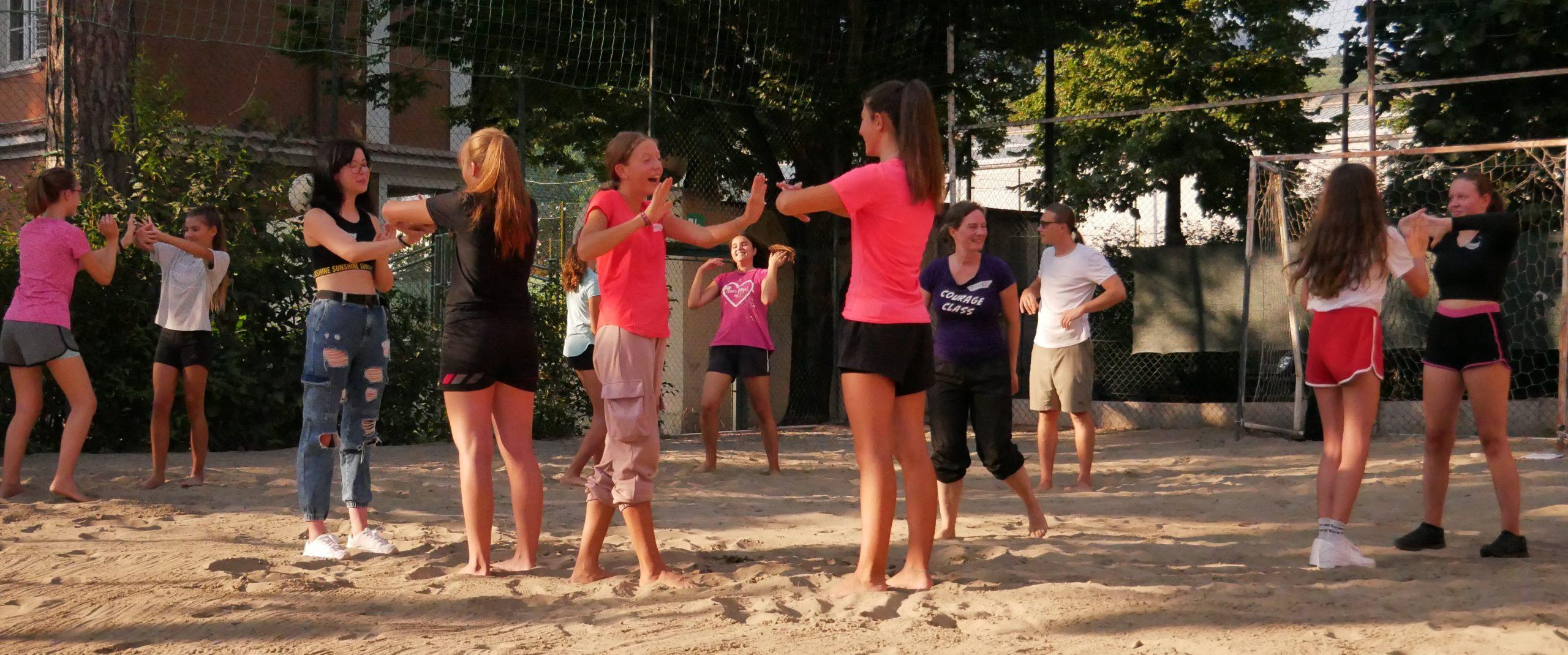 Selbstverteidigungskurs for Girls - Jugendzentrum Jungle Meran - Centro giovani Jungle Merano